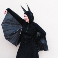 Lenore's #Upcycled Umbrella Bat Costume #Tutorial