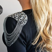 Glòria's #DIY Sweater Bling