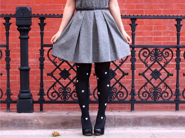 easy-diy-painted-tights