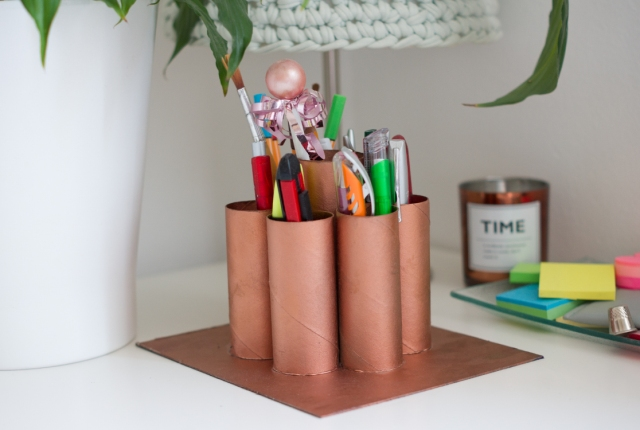 toilet-roll-desk-organizer