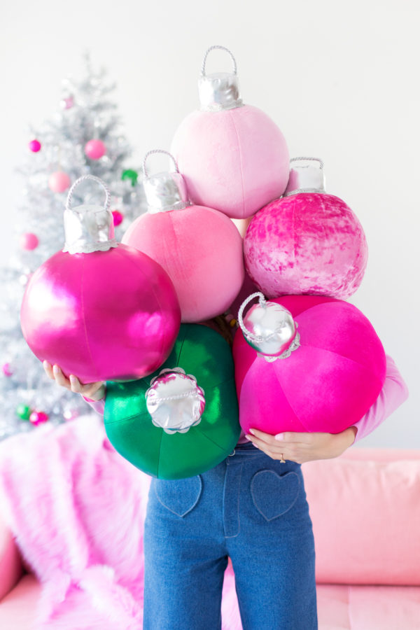 diy-ornament-pillows