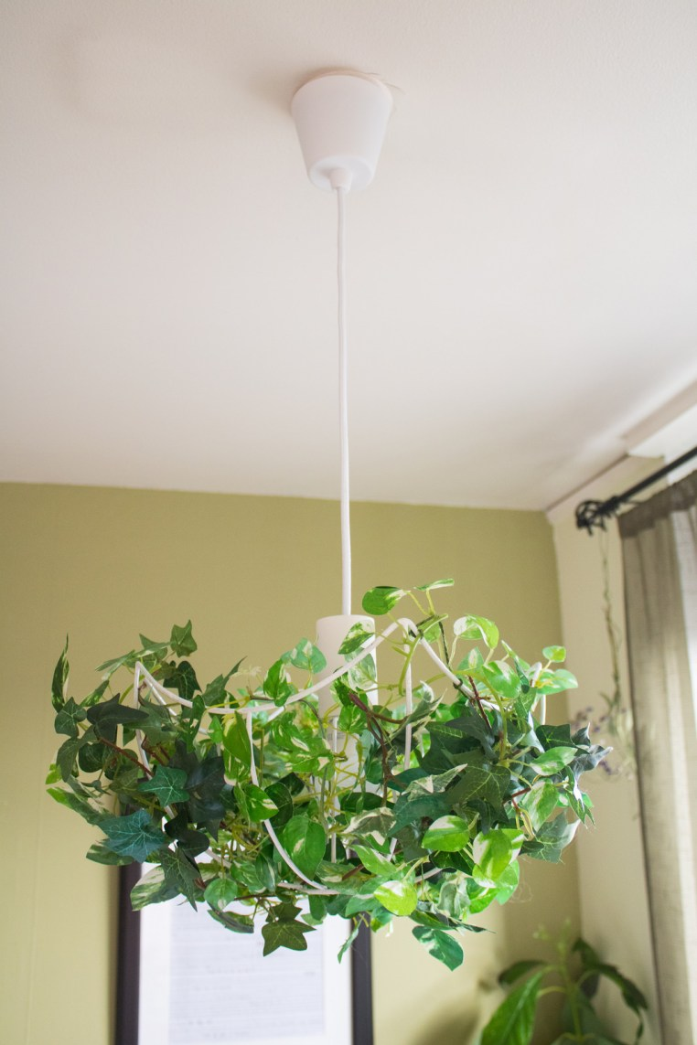Diy upcycled faux plant chandelier refashion nation for Diy upcycle