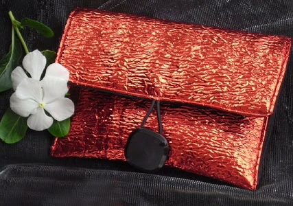Shiny upcycled Clutch Tutorial