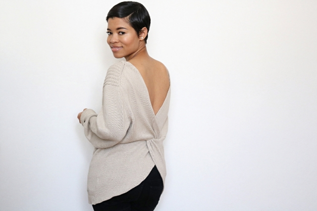 DIY-Twist-Back-Sweater tutorial