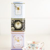 #Upcycled Tea Tin Clock