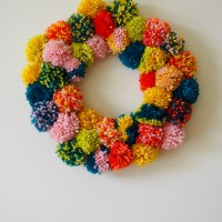 #DIY PomPom Wreath
