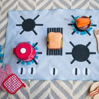 Portable #DIY Play Kitchen