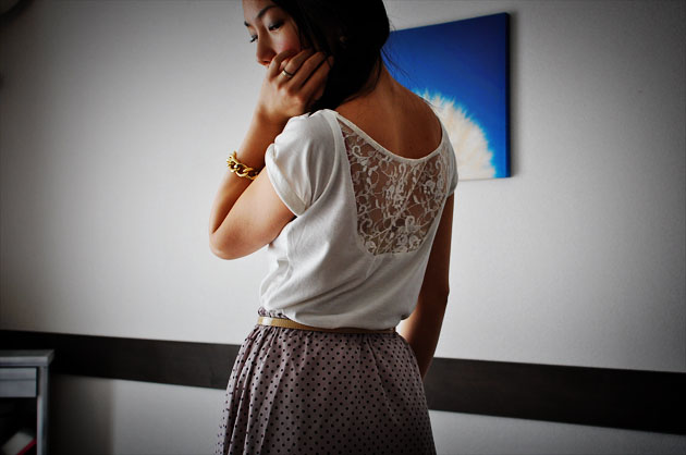 after-diy-lace-insert tee