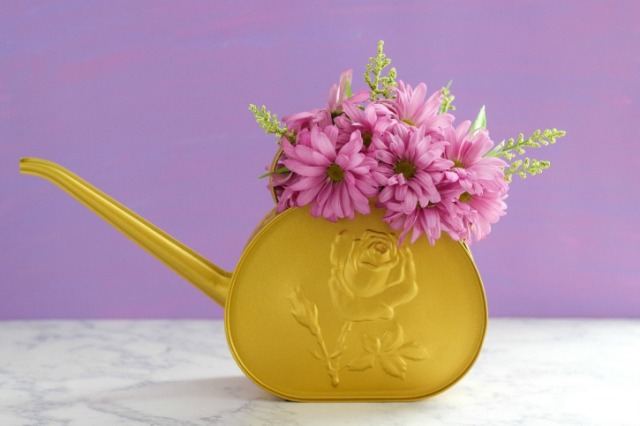 DIY-Matte-Metallic-Watering-Can-Flower-Arrangement