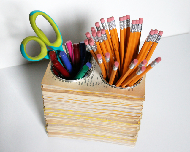 book-page-pencil-cups