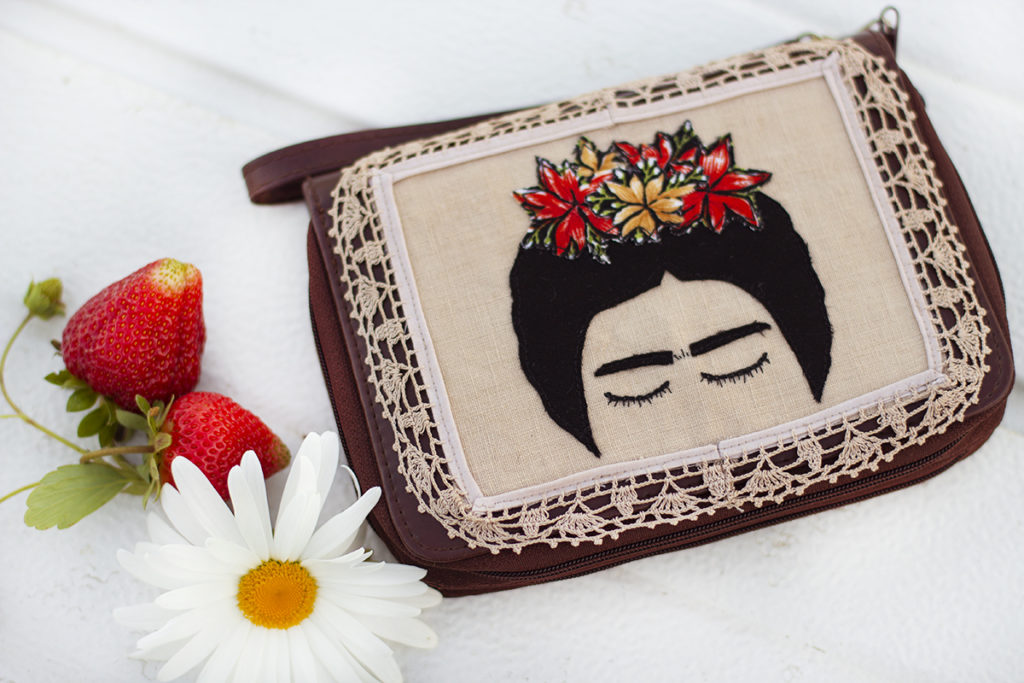 DIY-Inspired-Frida-Wristlet
