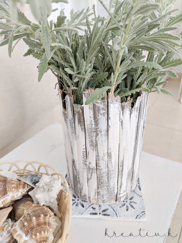how-to-diy-tin-can-vases-in-two-styles