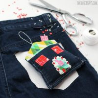 Easy #Upcycled Denim Ornament