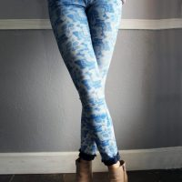Easy Stencilled Jeans #Refashion