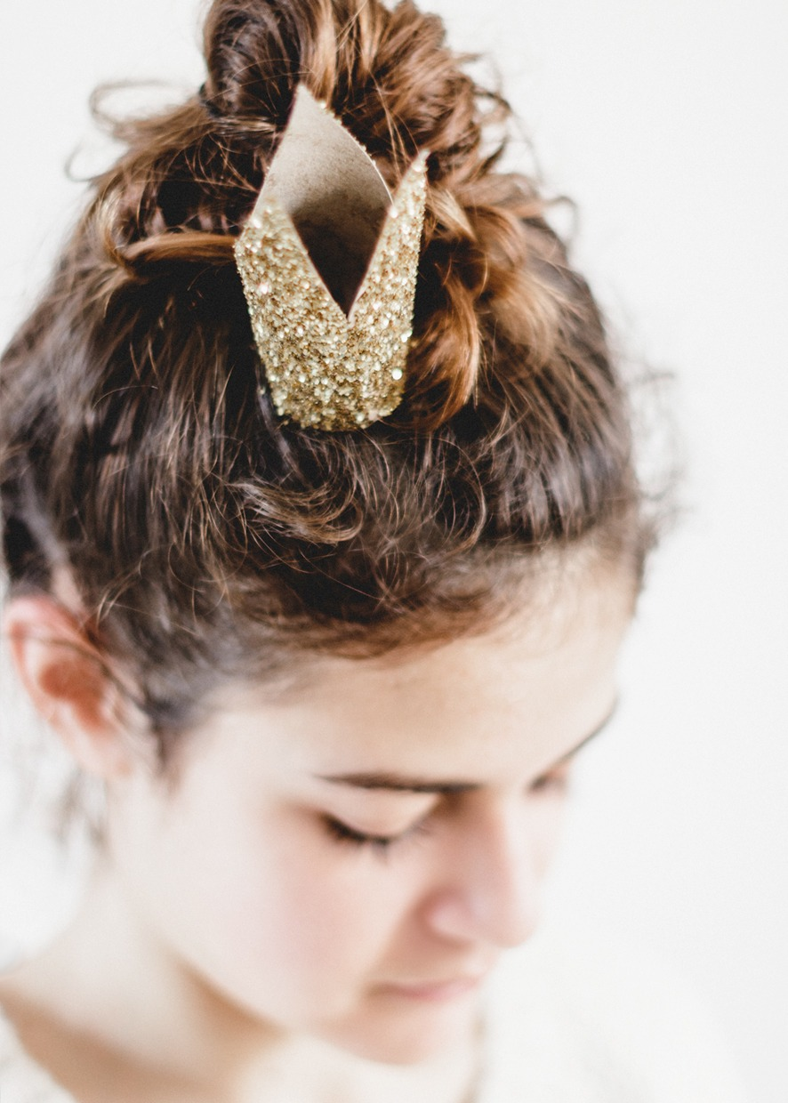 easy upcycled crown tutorial