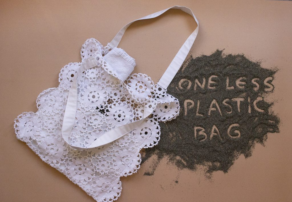 Upcycled-crochet-tote-bag-Tutorial
